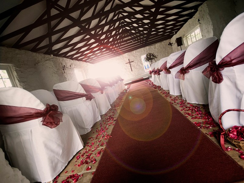Lythwood weddings - Chapel